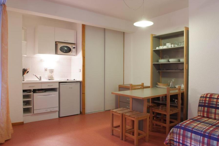 Vacances en montagne Studio 4 personnes (220) - Résidence le Grand Chalet - Brides Les Bains - Coin repas
