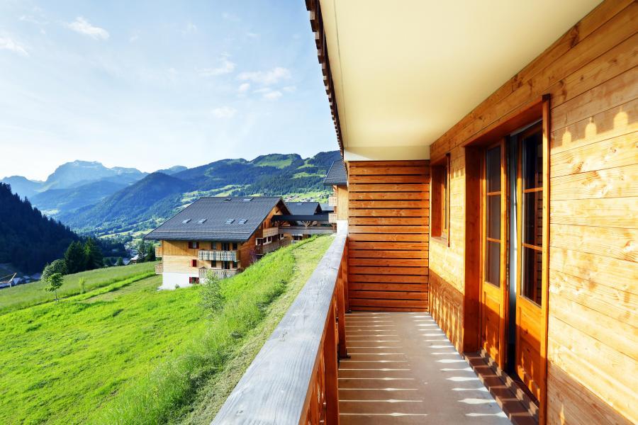 Vacances en montagne Residence Le Grand Lodge - Châtel - Extérieur été
