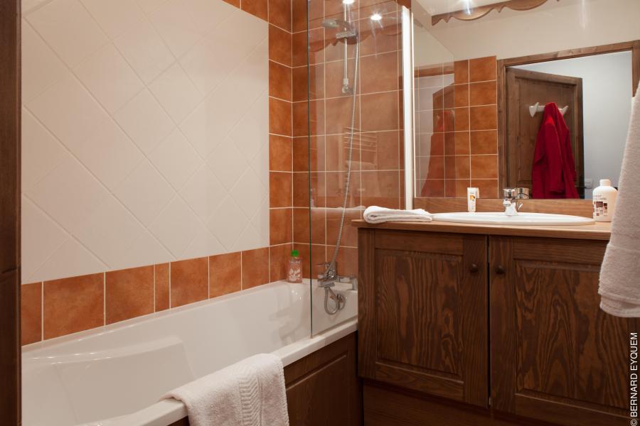 Vacances en montagne Residence Le Grand Lodge - Châtel - Salle de bains