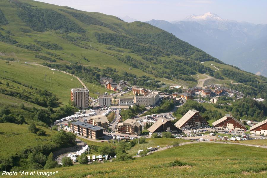 Location au ski Résidence le Hameau de Saint-François - Saint-François Longchamp - Extérieur été