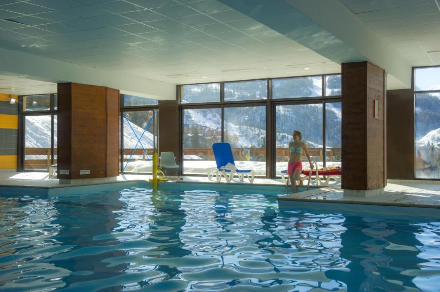 Vacances en montagne Résidence le Hameau de Valloire - Valloire - Piscine