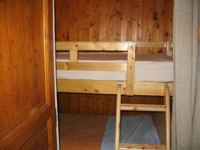 Vacaciones en montaña Apartamento cabina 2 piezas para 4 personas (114) - Résidence le Hameau des Neiges - Praz sur Arly - Camas superpuestas