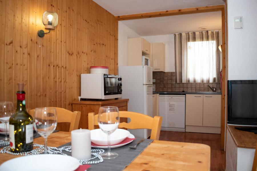 Vacances en montagne Chalet mitoyen 3 pièces 6 personnes (C2) - Résidence le Hameau du Puy - Superdévoluy