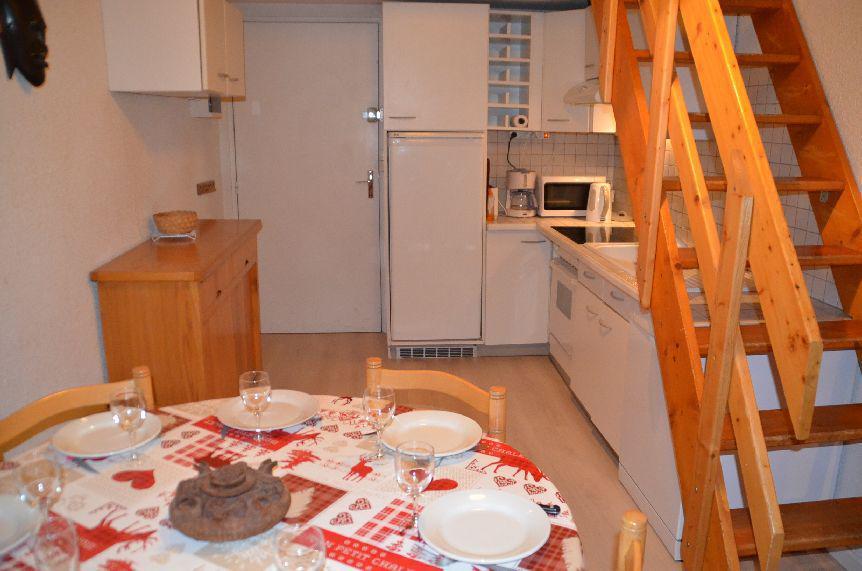 Vacances en montagne Appartement 2 pièces mezzanine 6 personnes (C130) - Résidence le Jettay - Les Menuires - Logement