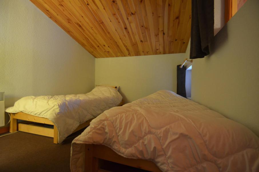 Vacances en montagne Appartement 3 pièces mezzanine 7 personnes (C143) - Résidence le Jettay - Les Menuires - Chambre