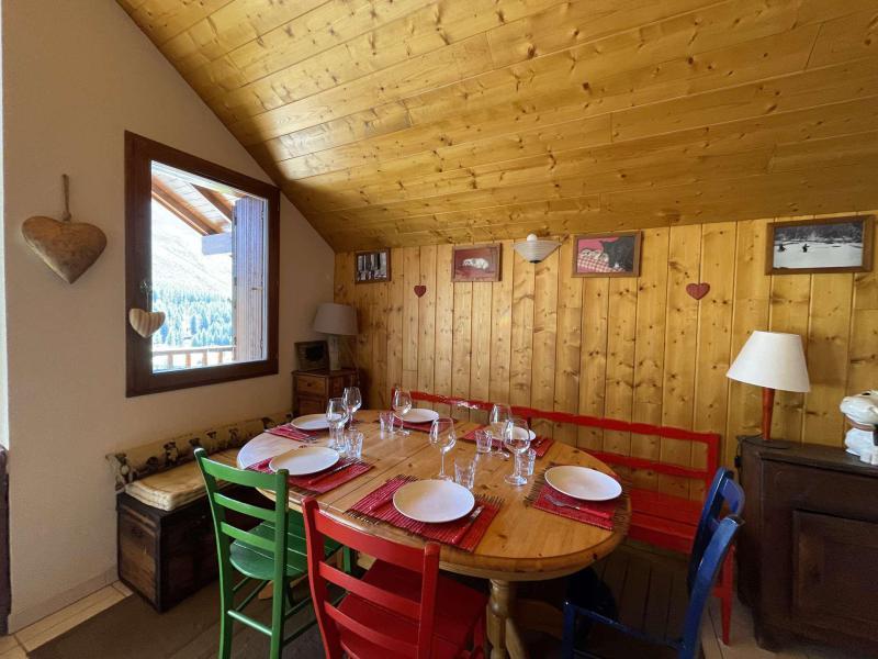 Wakacje w górach Apartament duplex 3 pokojowy 6 osób (LAUGAR) - Résidence le Lauzin - Montgenèvre - Pokój gościnny