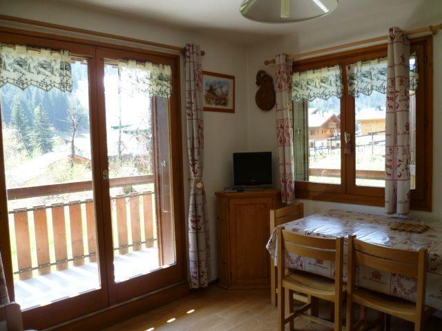 Wakacje w górach Apartament 2 pokojowy 4 osób (201) - Résidence le Linga - Châtel - Pokój gościnny