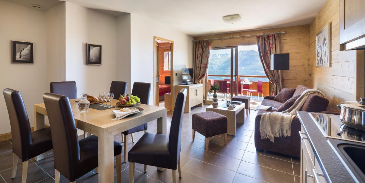Vacances en montagne Résidence le Lodge Hemera - La Rosière - Coin repas