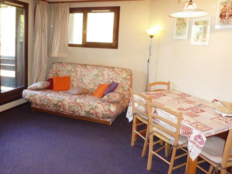 Holiday in mountain resort Studio sleeping corner 4 people (364) - Résidence le Méale - Les Orres - Table