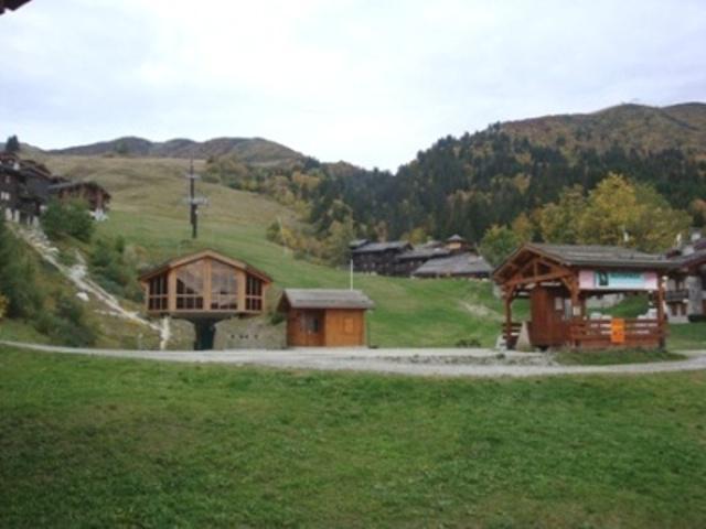 Ski verhuur Studio 4 personen (011) - Résidence le Morel - Valmorel - Buiten zomer