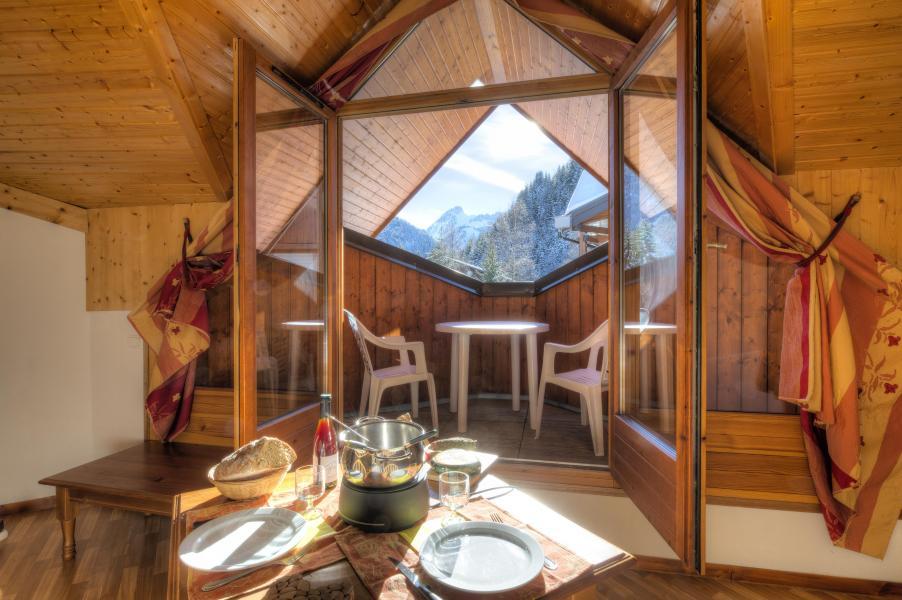 Vacances en montagne Résidence le Névez - Les Contamines-Montjoie - Coin repas