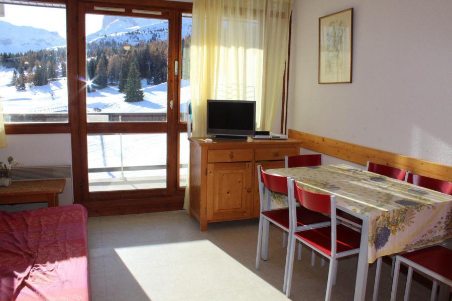 Vacaciones en montaña Apartamento cabina 2 piezas para 6 personas (PS0407) - Résidence le Plein Sud - Superdévoluy - Mesa