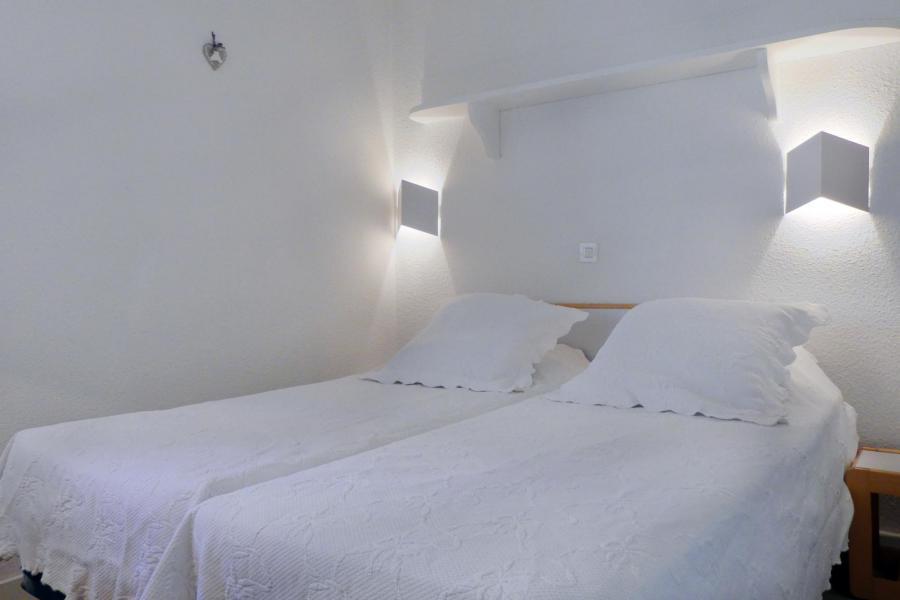 Vacances en montagne Appartement 2 pièces cabine 5 personnes (1003) - Résidence le Pralin - Méribel-Mottaret - Logement