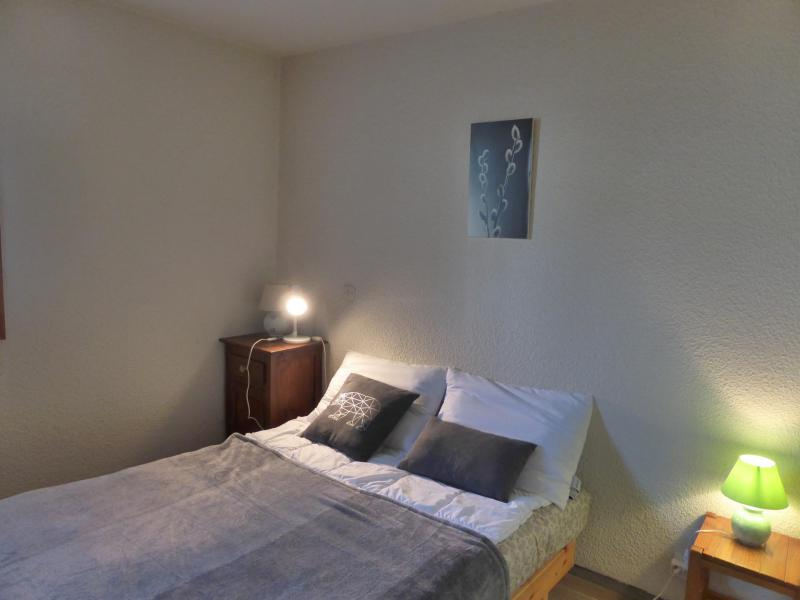Holiday in mountain resort 2 room apartment sleeping corner 6 people (H779) - Résidence le Prarion 2 - Les Houches - Bedroom