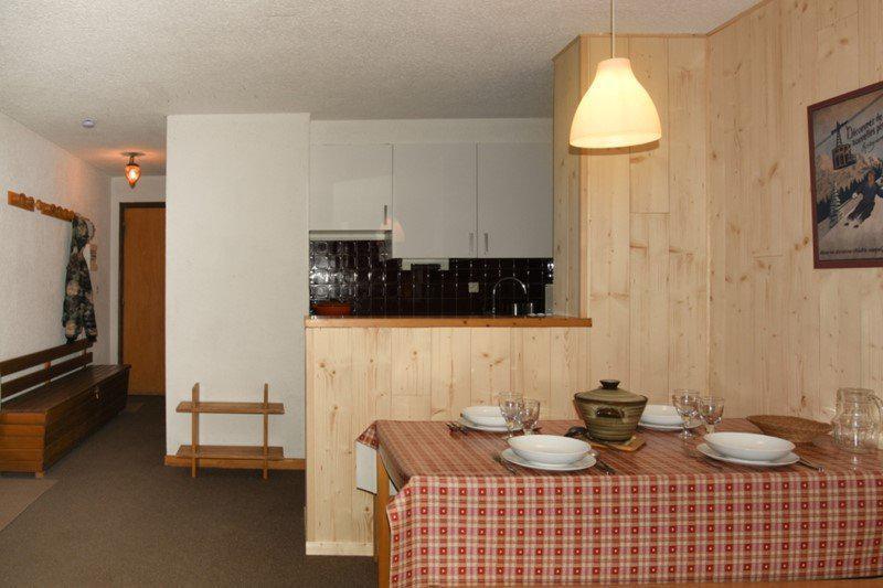 Holiday in mountain resort 2 room apartment sleeping corner 6 people (B17) - Résidence le Praya - Montgenèvre - Kitchenette