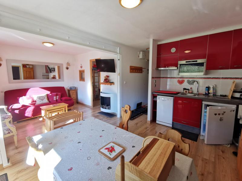 Vacances en montagne Studio 6 personnes (015) - Résidence le Roc de Tougne - Méribel-Mottaret