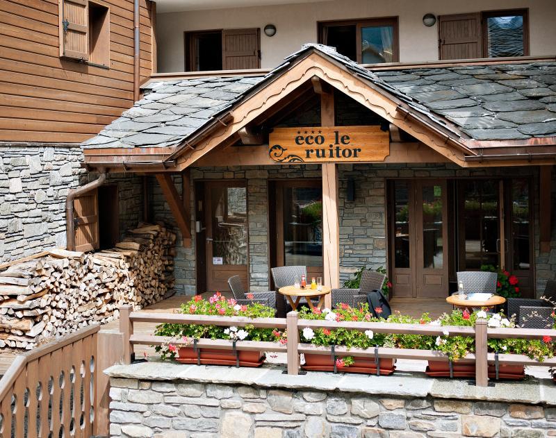 Location au ski Résidence le Ruitor - Sainte Foy Tarentaise - Extérieur été