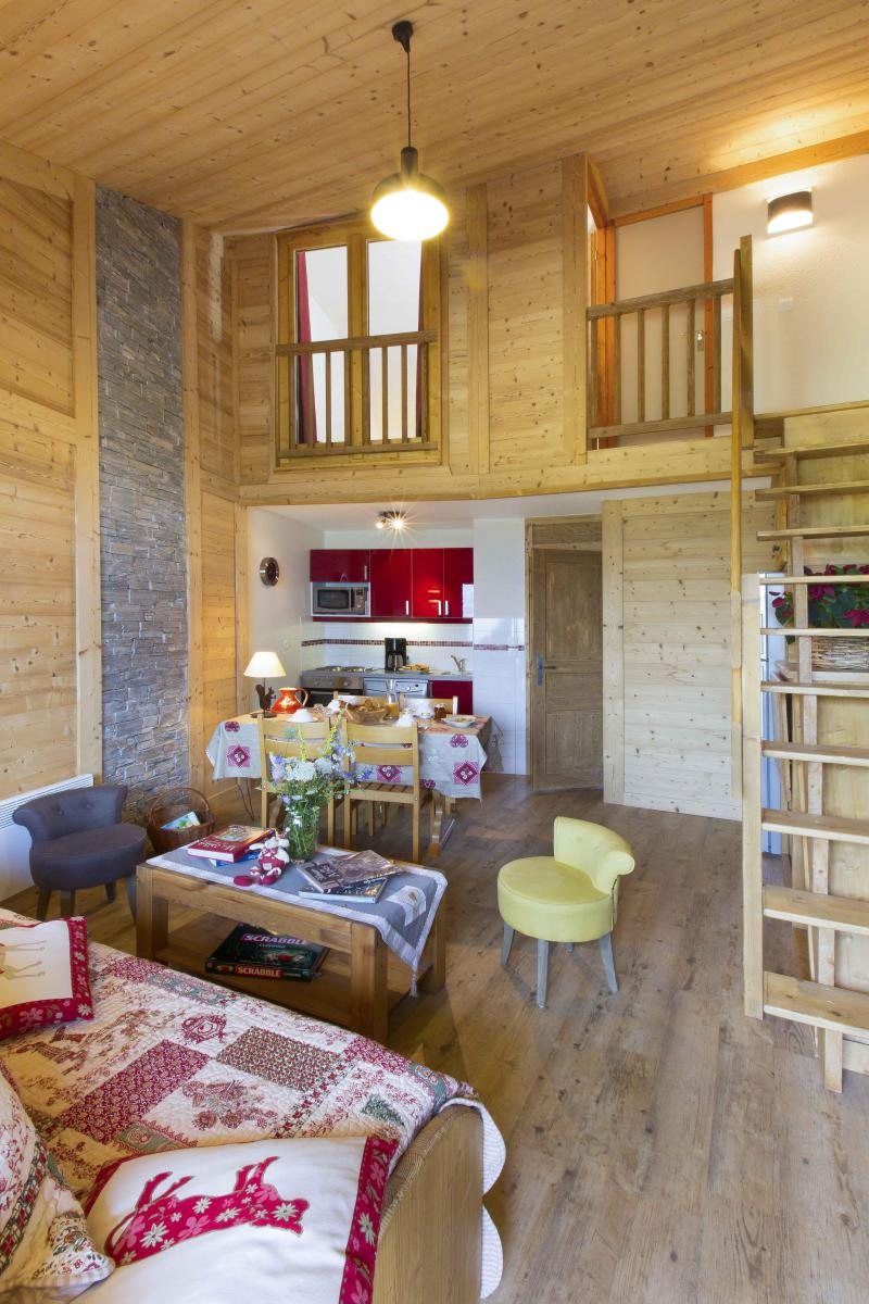 Vacances en montagne Appartement duplex 4 pièces 8 personnes - Résidence le Sappey - Valmorel - Séjour