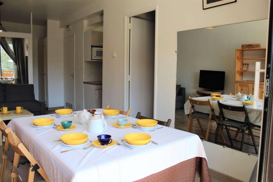 Vacaciones en montaña Apartamento 2 piezas para 6 personas (048) - Résidence le Seignon - Vars - Mesa