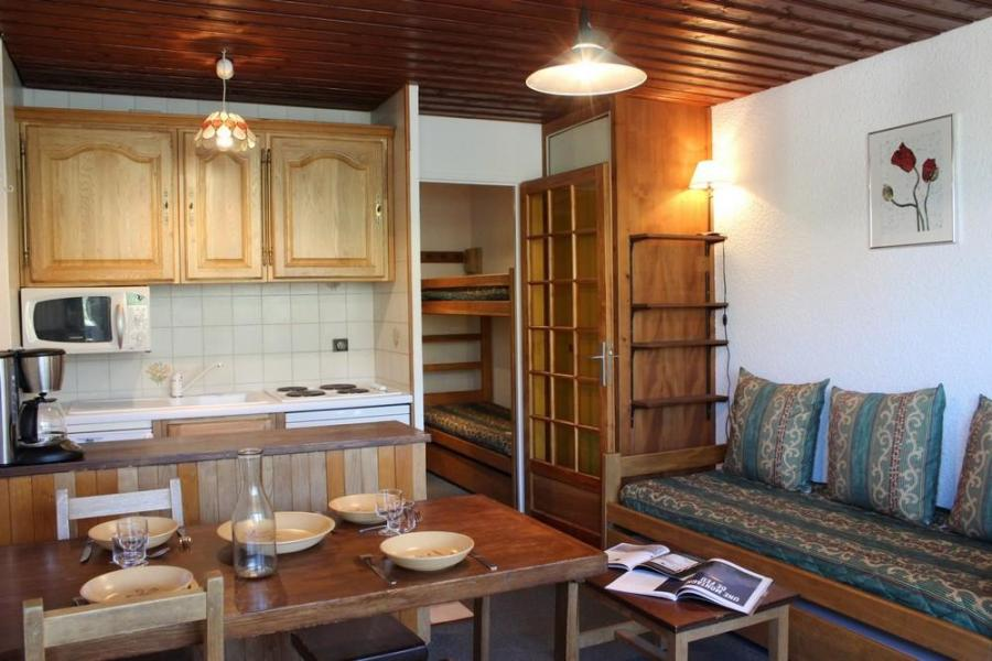 Vacances en montagne Studio 3 personnes (O6) - Résidence le Sérac - Val Thorens - Kitchenette