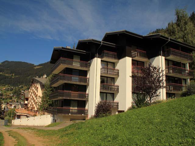 Vacances en montagne Résidence le Sylvia - Châtel - Extérieur été
