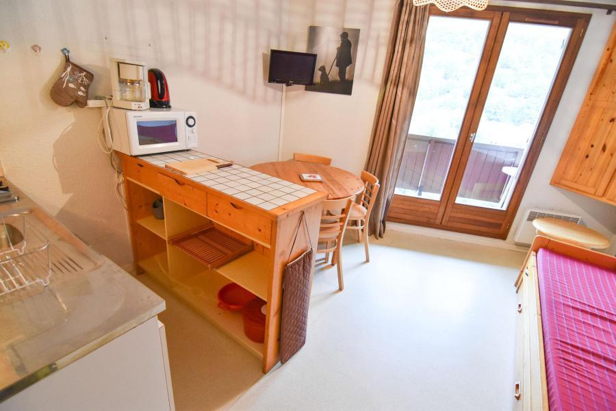 Holiday in mountain resort Studio sleeping corner 3 people (18) - Résidence le Thymel - Valloire