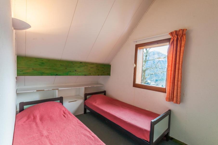 Vacances en montagne Résidence le Village la Souleille des Lannes - Guzet - Chambre mansardée