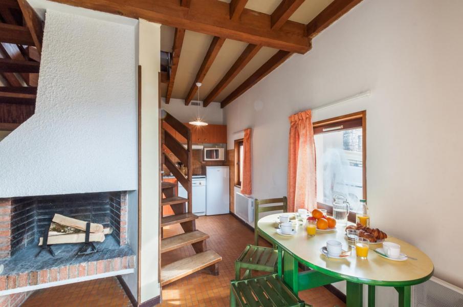 Vakantie in de bergen Résidence le Village la Souleille des Lannes - Guzet - Eetkamer