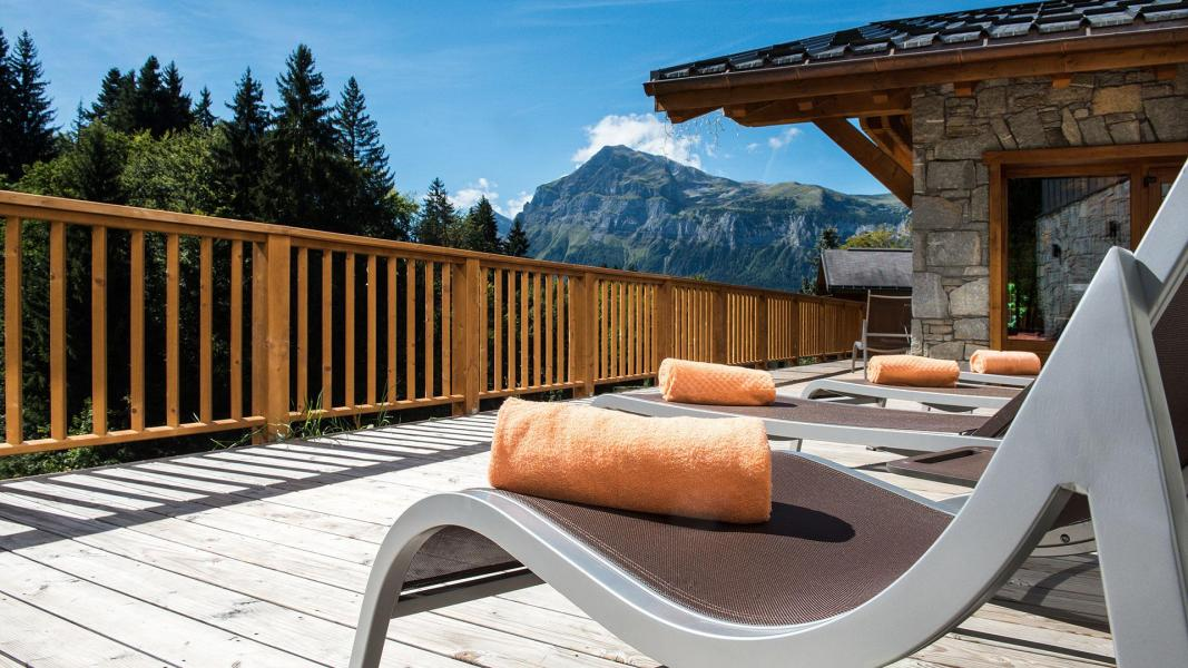 Rent in ski resort Résidence Léana - Les Carroz - Summer outside