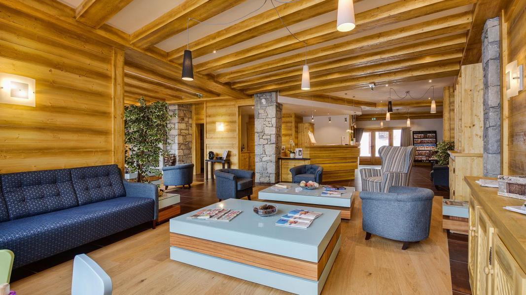 Holiday in mountain resort Résidence Léana - Les Carroz - Reception