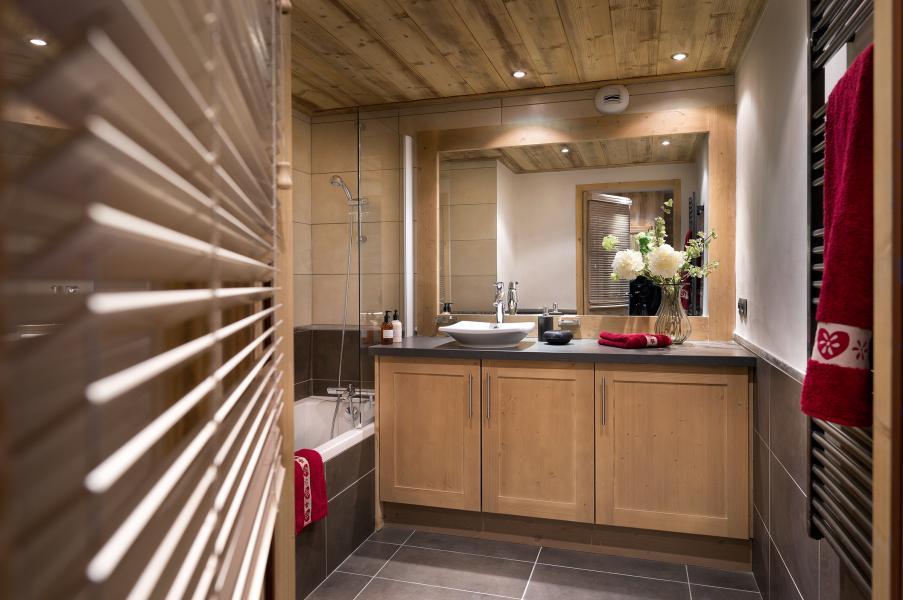 Holiday in mountain resort Résidence Léana - Les Carroz - Bathroom