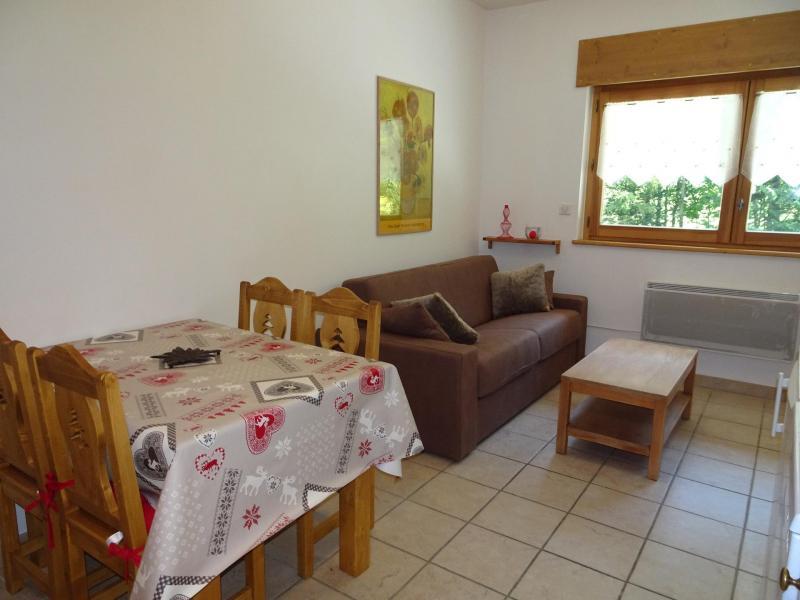 Vacaciones en montaña Apartamento 2 piezas para 4 personas (SAISONB) - Résidence les 4 Saisons - Pralognan-la-Vanoise - Mesa