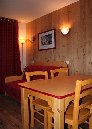 Vacances en montagne Appartement 2 pièces 4 personnes - Residence Les 4 Vallees - Saint-François Longchamp - Coin repas
