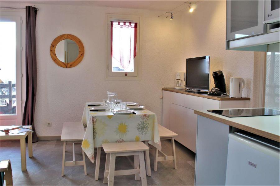 Vacaciones en montaña Apartamento cabina 2 piezas para 6 personas (67A) - Résidence les Airelles A - Risoul - Habitación