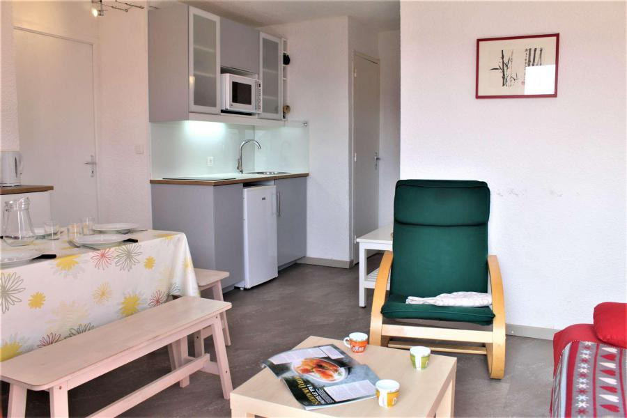 Vacaciones en montaña Apartamento cabina 2 piezas para 6 personas (67A) - Résidence les Airelles A - Risoul - Mesa