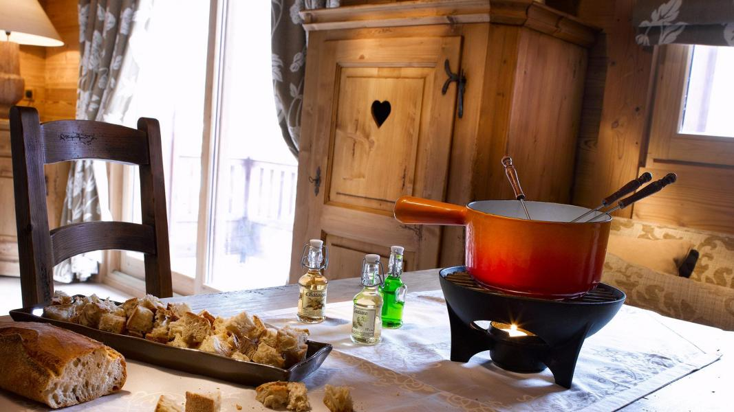 Urlaub in den Bergen Résidence les Alpages de Champagny - Champagny-en-Vanoise - Esszimmer