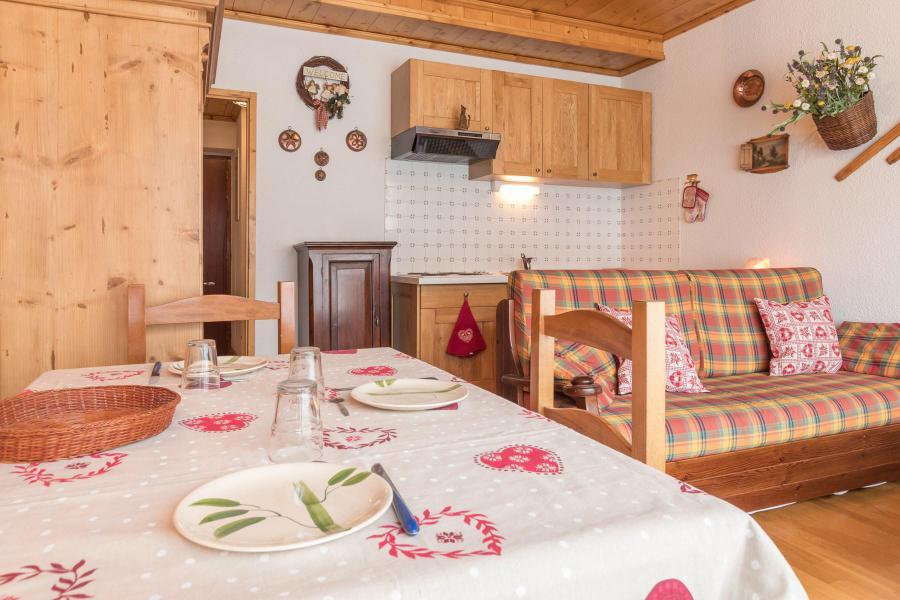 Holiday in mountain resort Studio sleeping corner 4 people (COSTA) - Résidence les Alpets - Montgenèvre