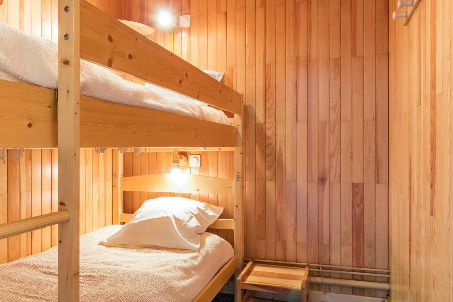 Holiday in mountain resort Studio sleeping corner 4 people (STPRUN) - Résidence les Alpets - Montgenèvre