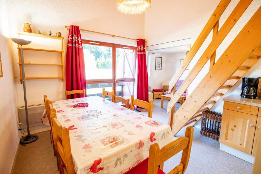 Vacaciones en montaña Apartamento 3 piezas mezzanine para 8 personas (AR24B) - Résidence les Arolles - La Norma - Mesa