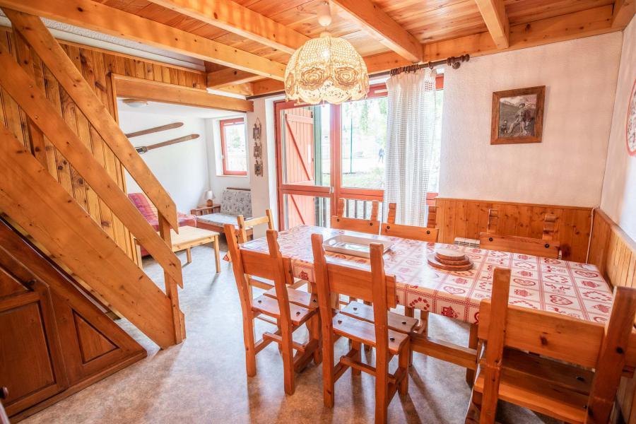 Vacaciones en montaña Apartamento 3 piezas mezzanine para 8 personas (AR36A) - Résidence les Arolles - La Norma - Mesa