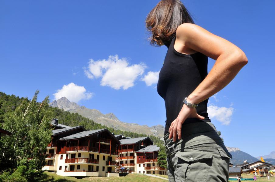 Urlaub in den Bergen Résidence les Balcons d'Anaïs - La Norma - Draußen im Sommer