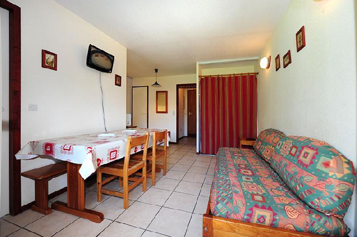 Vacances en montagne Appartement 2 pièces cabine 6 personnes (050) - Résidence les Balcons d'Olympie - Les Menuires - Canapé