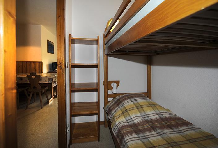 Vacances en montagne Appartement 2 pièces cabine 6 personnes (110) - Résidence les Balcons d'Olympie - Les Menuires - Lits superposés