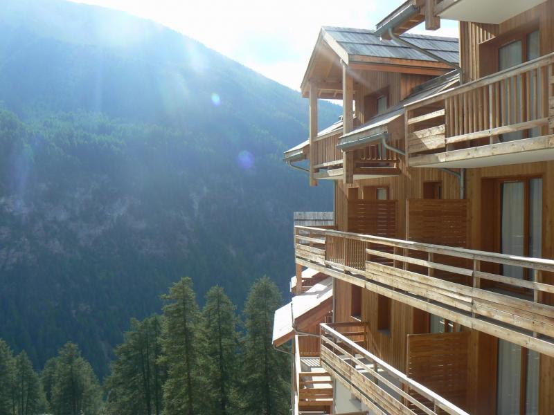 Location au ski Résidence les Balcons de Bois Méan - Les Orres - Extérieur été