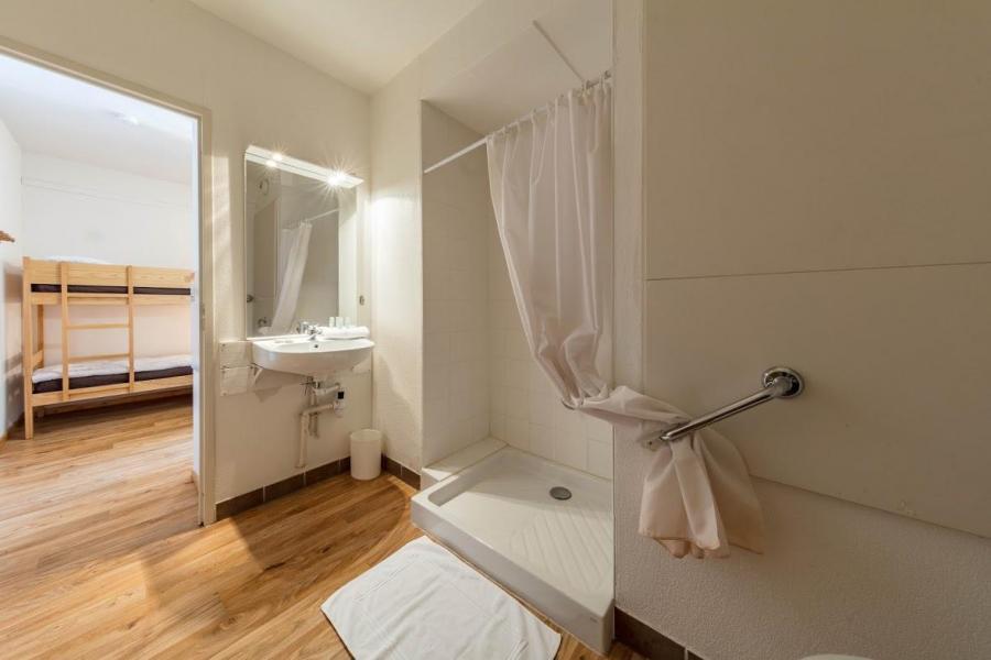 Vacaciones en montaña Résidence les Balcons de Bois Méan - Les Orres - Cuarto de baño con ducha