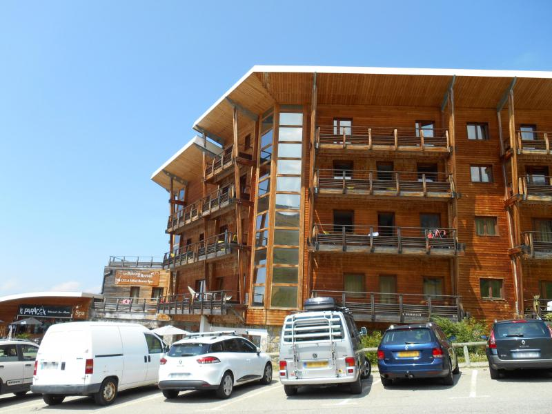Rent in ski resort Résidence les Balcons du Recoin By Resid&Co - Chamrousse - Summer outside