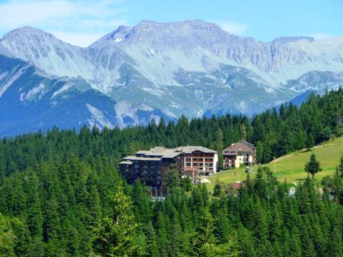 Vacances en montagne Residence Les Blanches Provencales - Chabanon-Selonnet - Extérieur été