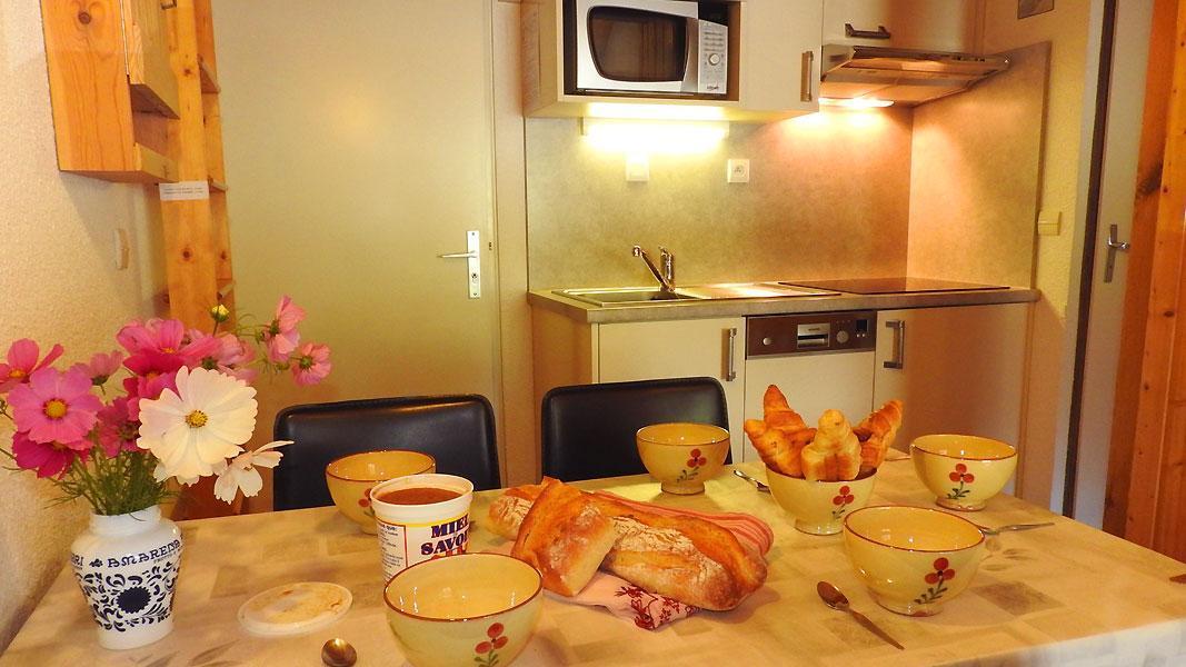 Vacaciones en montaña Apartamento 2 piezas para 4 personas (CA35FA) - Résidence les Campanules - La Norma - Mesa