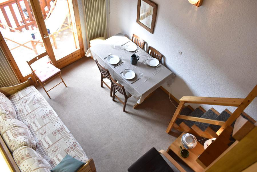 Holiday in mountain resort 3 room duplex apartment 6 people (E15) - Résidence les Carlines - Méribel