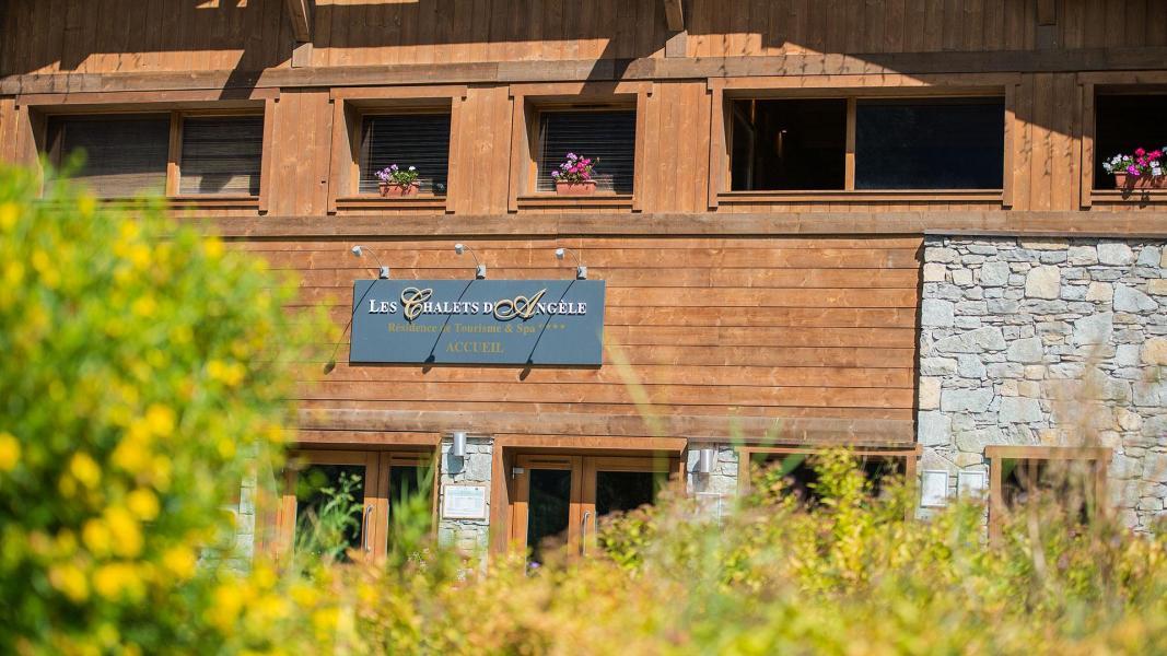 Location au ski Résidence les Chalets d'Angèle - Châtel - Extérieur été